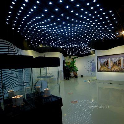 نورپردازی دکوراتیو موجدار در رویاپارک تهران