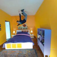 اتاق خواب وارونه در خانه وارونه تهران