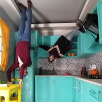 آشپزخانه برعکس در خانه وارونه تهران