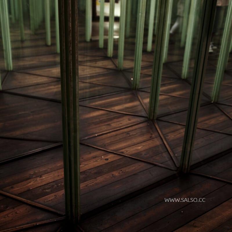 هزارتوی آینه با ژاندر وحشت