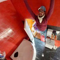 دستشویی و حمام برعکس در خانه وارونه تهران
