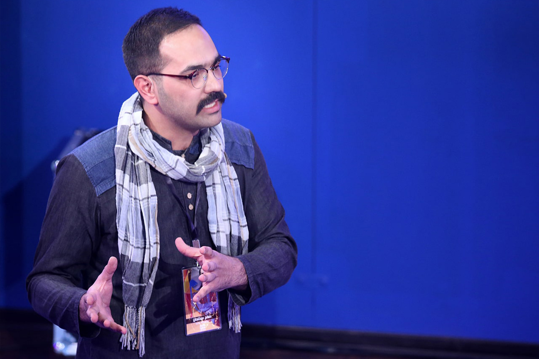 صالح-سخندان--عصر-جدید-راستی-أزمایی